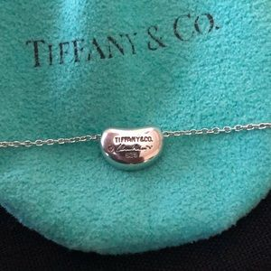 Tiffany & Co. Bean Pendent necklace (18 in)